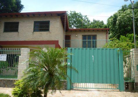 Casa en Lambaré – zona Comisaría 16 (San Isidro)