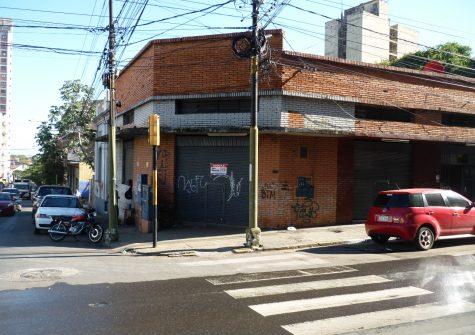 Salón en Asunción – CENTRO – Montevideo esq. Oliva